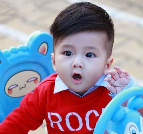 tóc bé trai sơ sinh cực đáng yêu và sành điệu