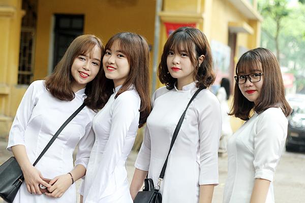 các kiểu tóc đẹp hợp với nữ sinh cấp 2, cấp 3