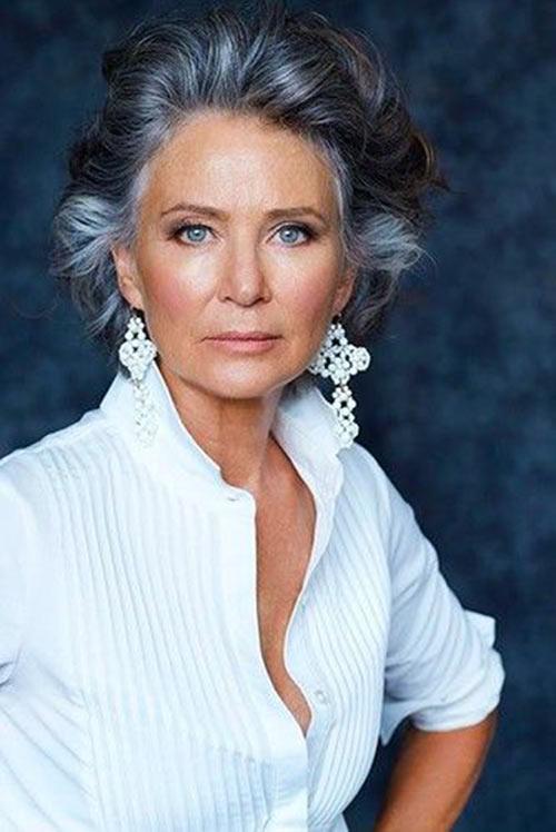 phụ nữ tuổi 60, 70 nên để kiểu tóc nào